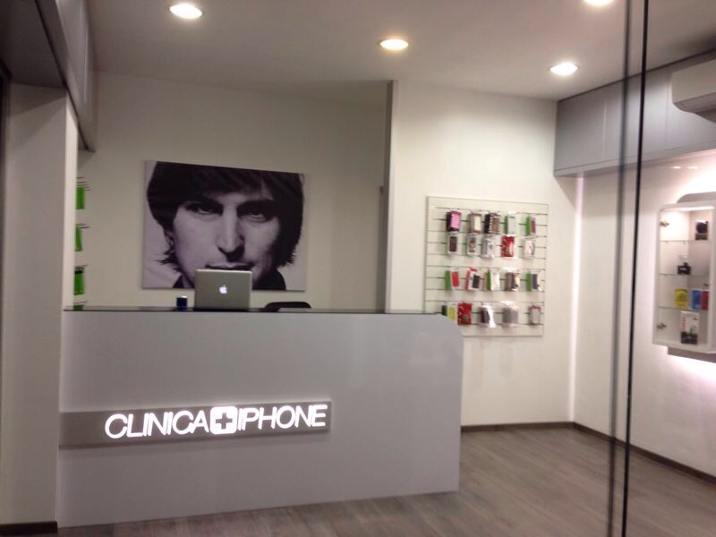 clinica iphone negozio