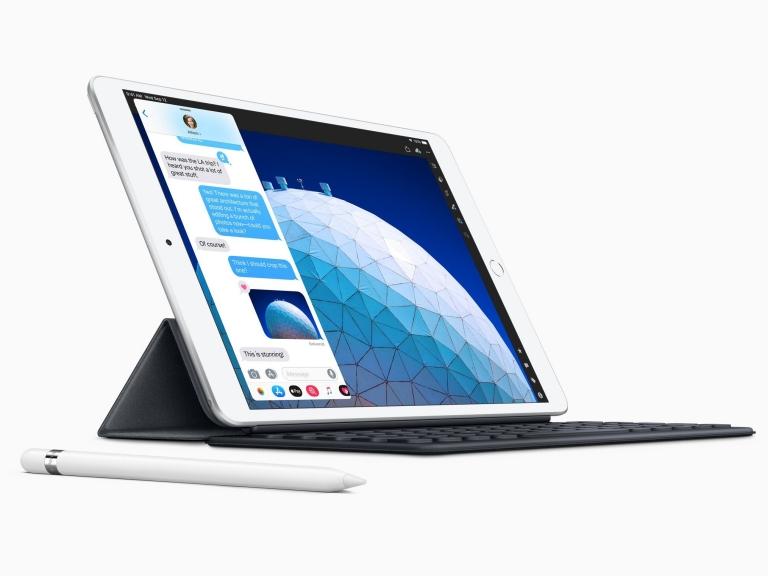 New-iPad-Air-smart-keyboard-with-apple-pencil-03192019