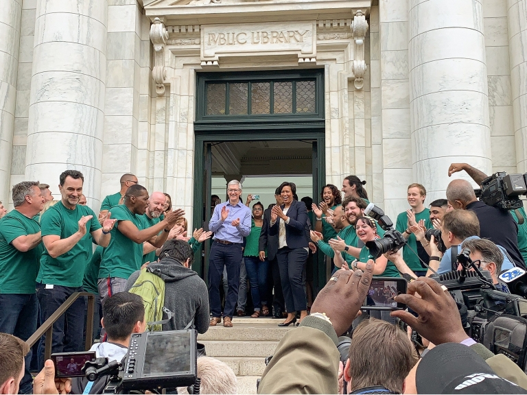 TimCook_MurielBowser_Opening