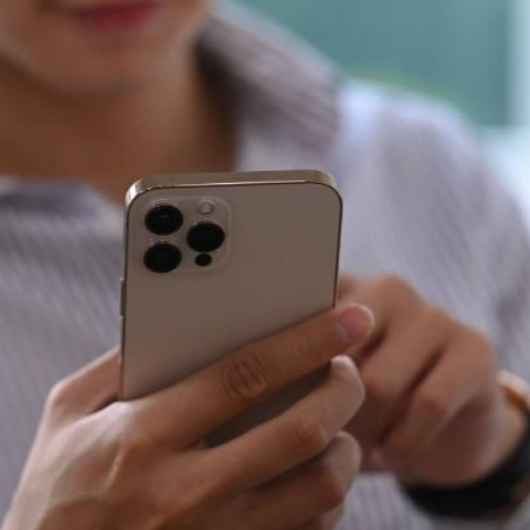 iphone 12 non si accende
