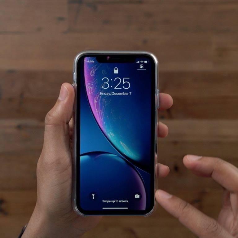 iPhone-XR-Clear-Case-Lip